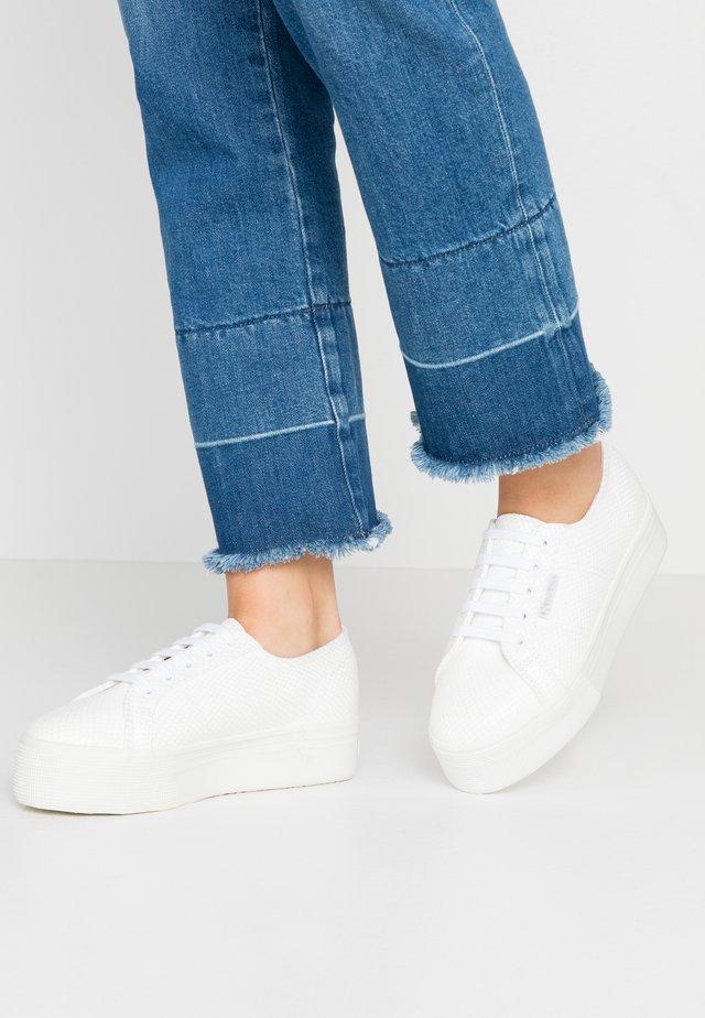 2790 - Baskets basses - white