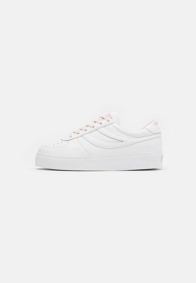 2850 SEATTLE COMFLEAU - Baskets basses - white/pink/pale