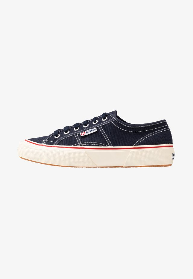 2490 - Trainers - navy