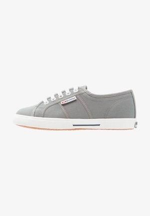 COTU - Trainers - grey/dark sage