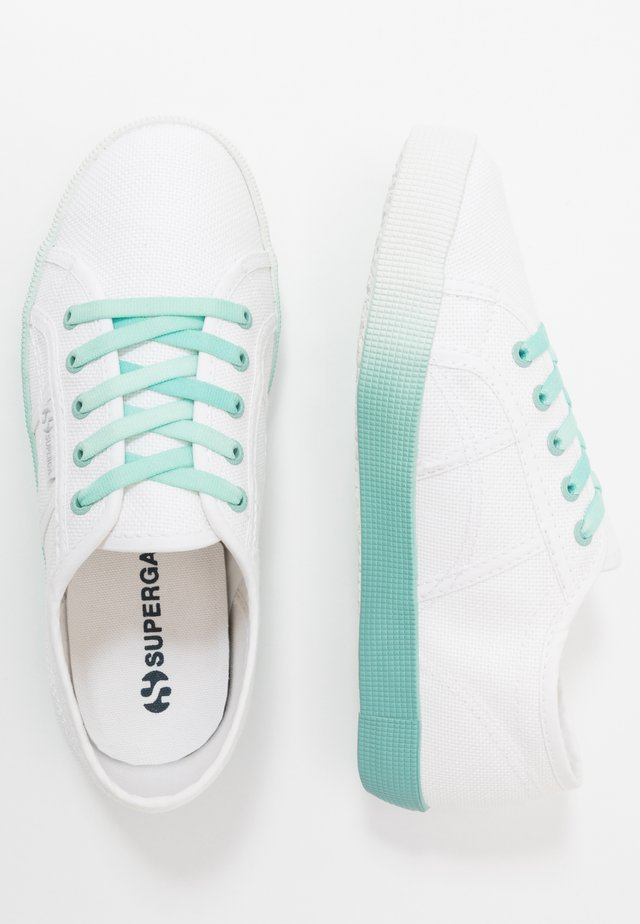 2750 - Loaferit/pistokkaat - white/blue/light crystal