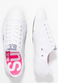 Superdry - Sneakersy niskie - optic white - 3