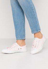 Superdry - Sneakers laag - soft pink - 0