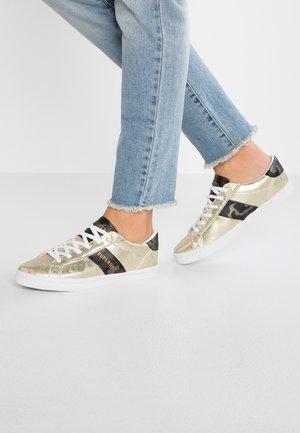 PRIYA SLEEK  - Sneakers - distressed gold
