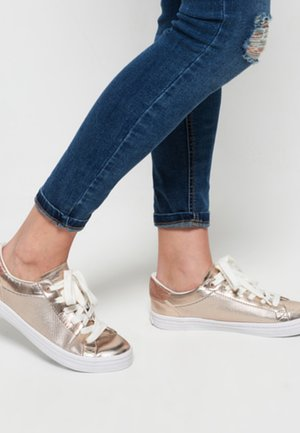 Sneaker low - gold