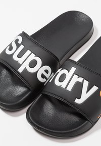 Superdry - POOL SLIDE - Badesandale - optic black/optic white/hazard orange - 5