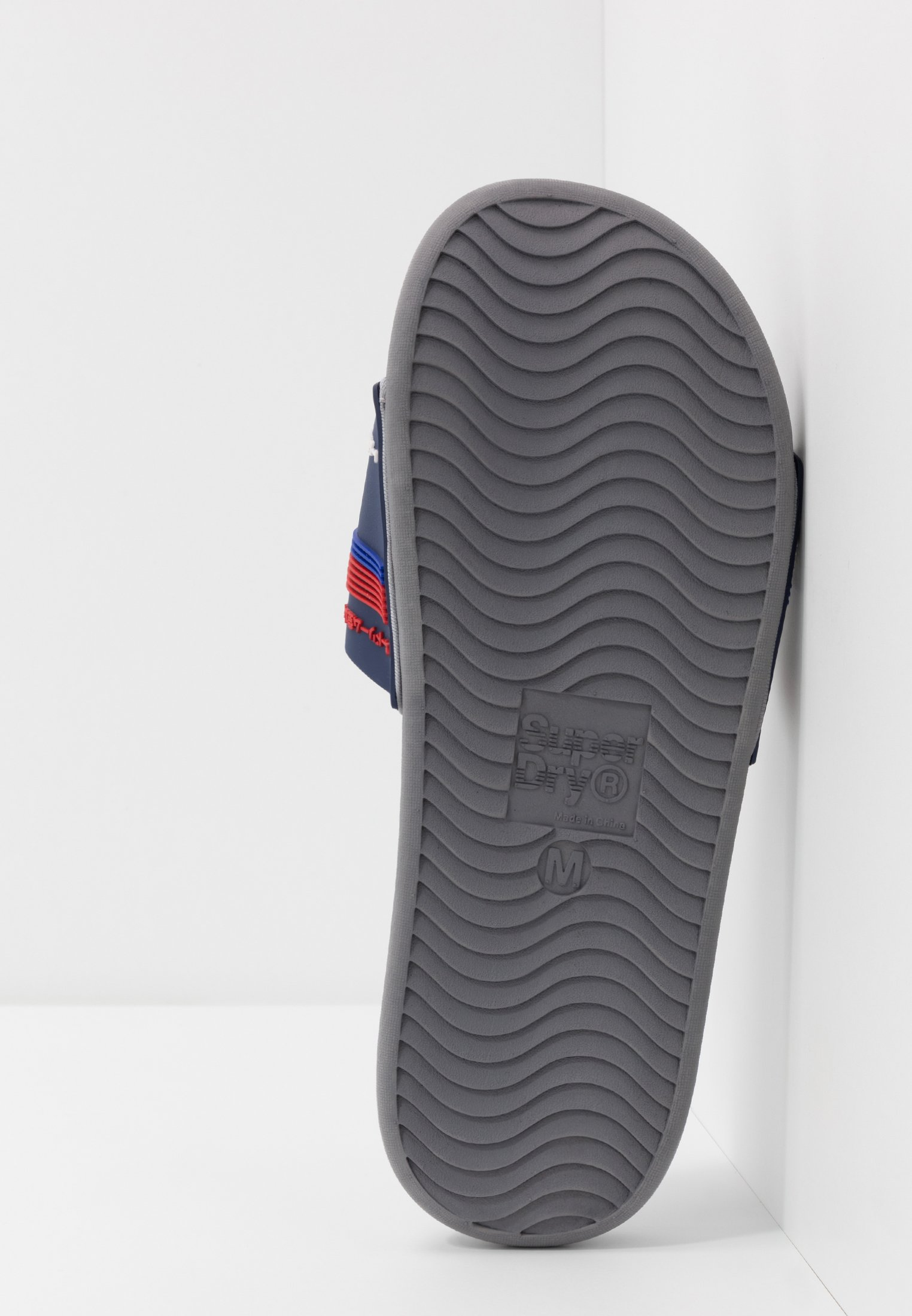 Superdry CREWE RACER SLIDE - Klapki - blue