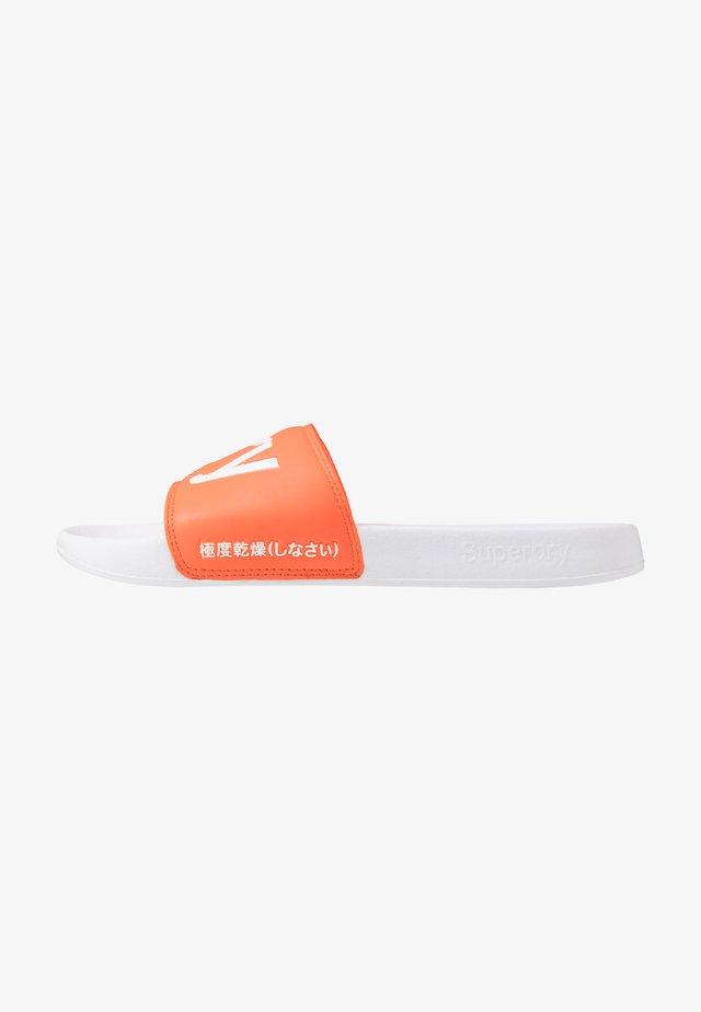 POOL SLIDE - Mules - bold orange