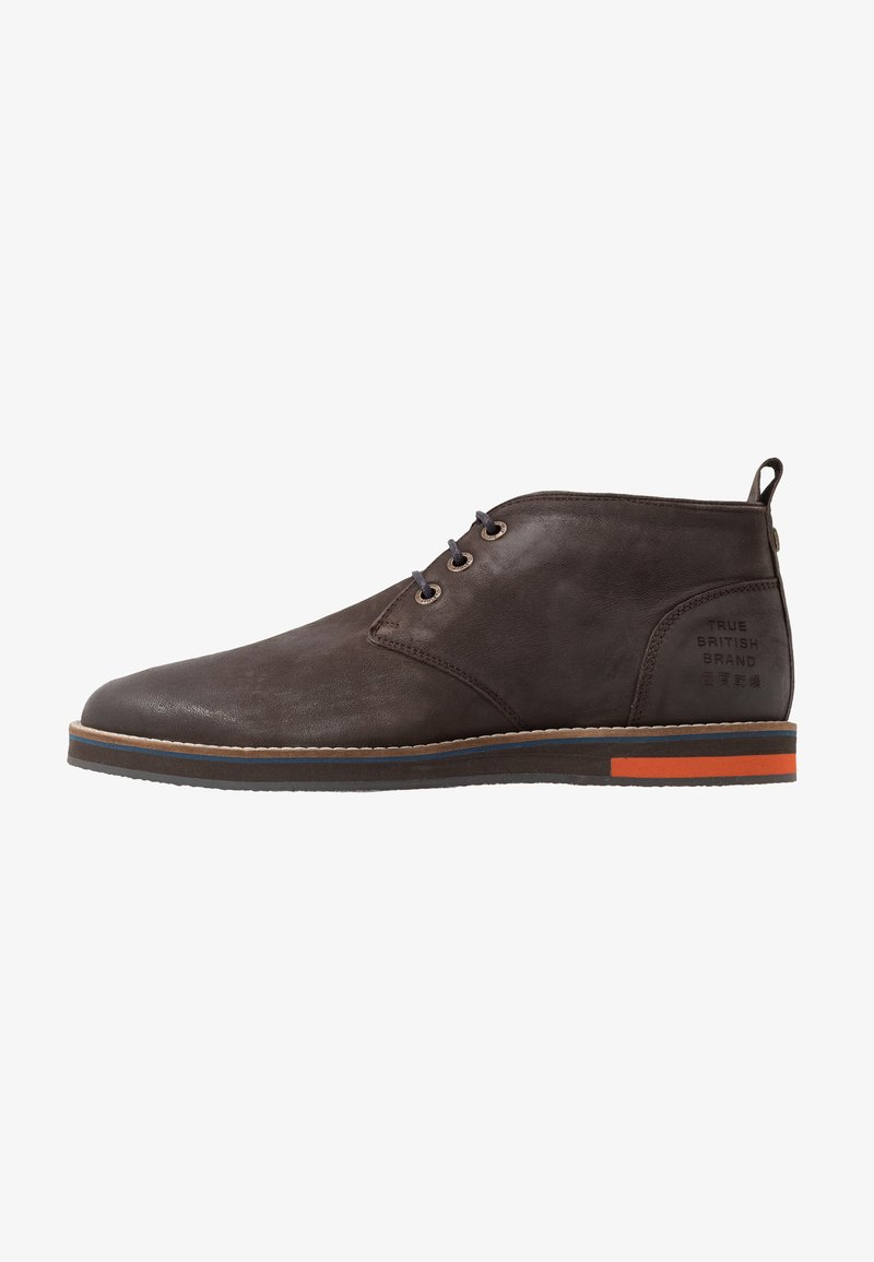 Superdry - CHESTER CHUKKA BOOT - Casual lace-ups - dark brown