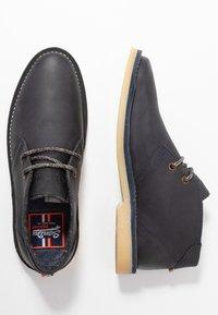 Superdry - WINTER RALLIE BOOT - Zapatos con cordones - eclipse navy - 1