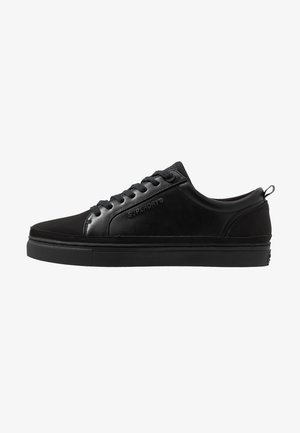 TRUMAN LACE UP - Matalavartiset tennarit - black