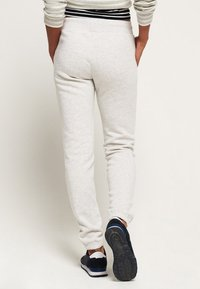 Superdry - ATHLETIC - Spodnie treningowe - mottled gray - 2