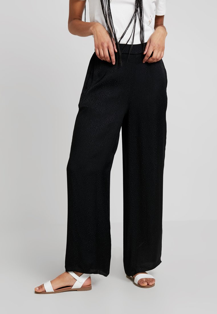 Superdry - JANIS WIDE LEG - Trousers - black