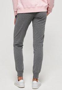 Superdry - Spodnie treningowe - dark grey - 2