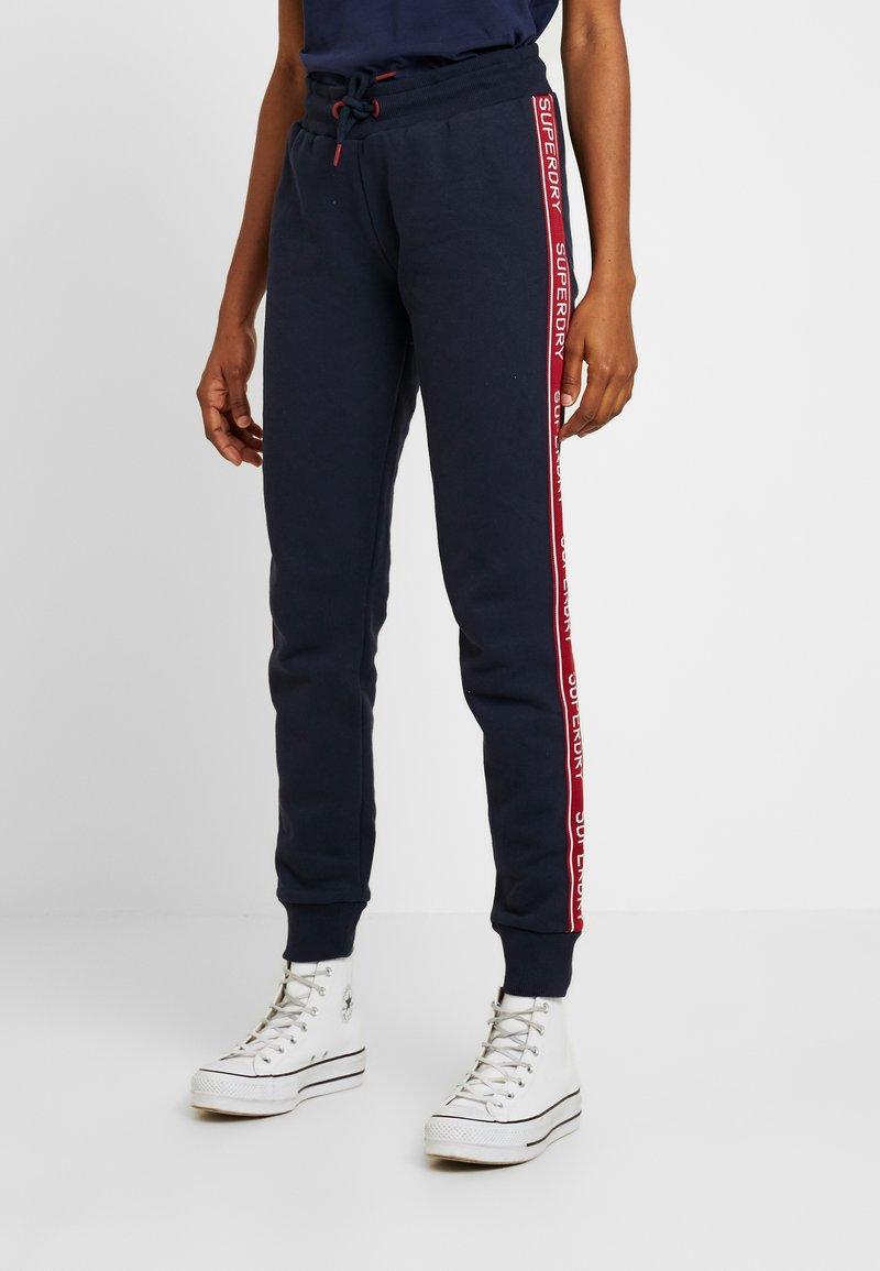 Superdry - ORLA CUFFED - Pantalones deportivos - french navy