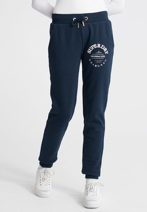 SUPERDRY APPLIQUE SERIF JOGGERS - Joggebukse - blue