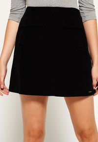Superdry - BILLIE - Mini skirt - black - 0