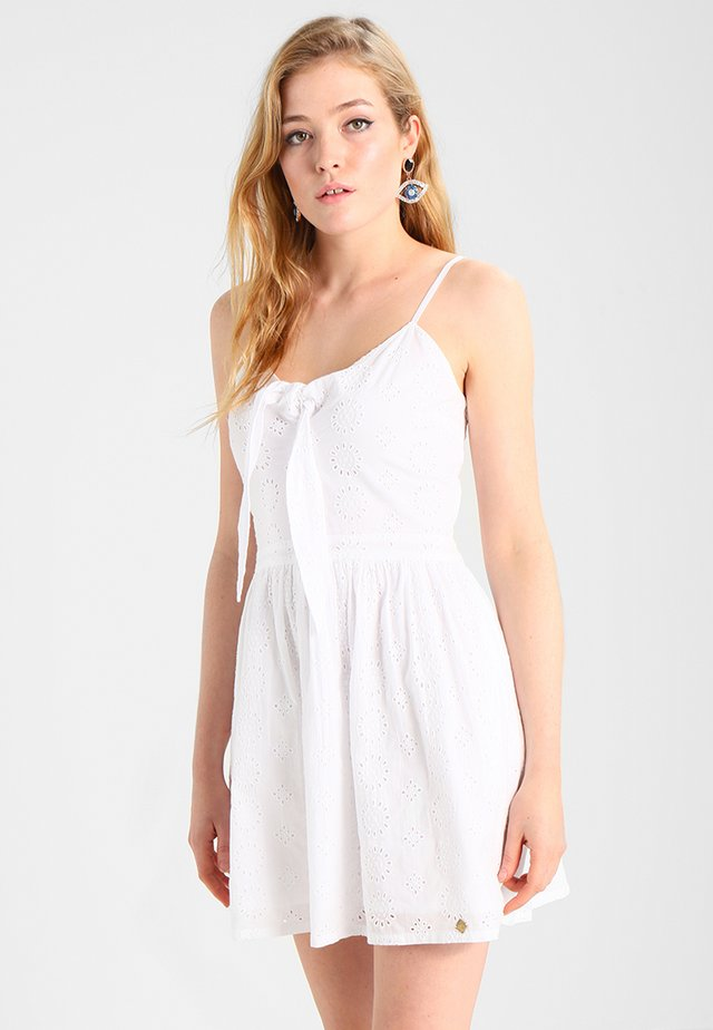 ALICE KNOT DRESS - Vardagsklänning - optic white