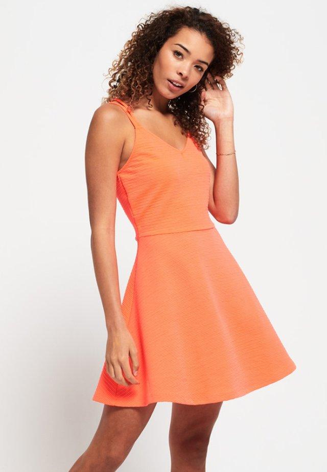 Korte jurk - corail fluro