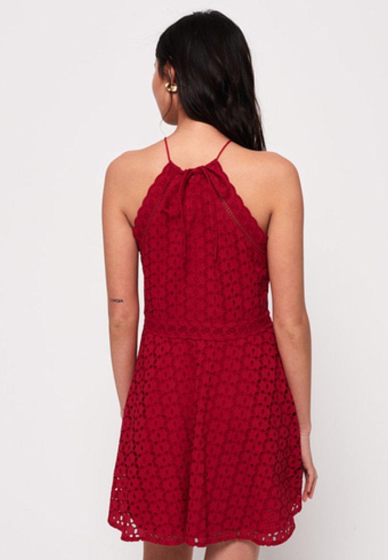 Superdry TEAGAN HALTER - Sukienka letnia - red
