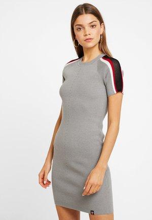 SYDNEY BODYCON DRESS - Gebreide jurk - grey marl