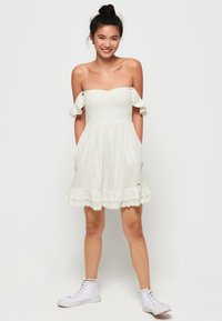 Superdry - ADRIANNA - Sukienka koktajlowa - white - 1