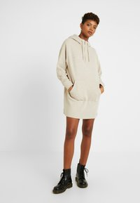 Superdry - ZIP FRONT DRESS - Vapaa-ajan mekko - soft camel - 2