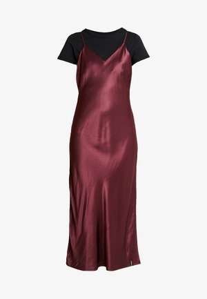 EDIT SLIP DRESS - Vapaa-ajan mekko - vineyard wine