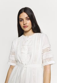 Superdry - ELLISON TEXTURED DRESS - Day dress - oyster - 4