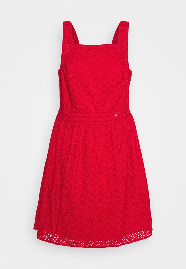 BLAIRE BRODERIE DRESS - Korte jurk - apple red