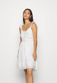 Superdry - GIA CAMI DRESS - Korte jurk - white - 0