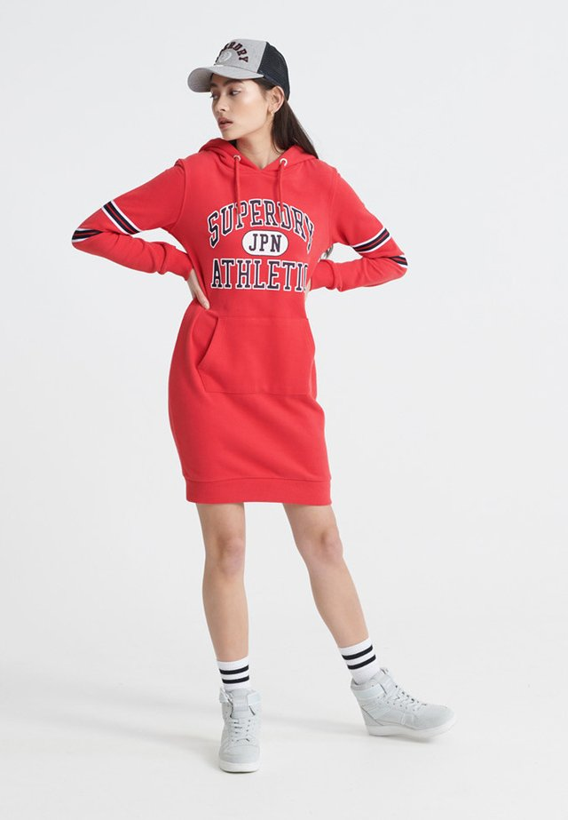 VARSITY - Sukienka letnia - true red