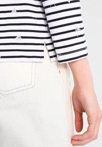 Superdry - CONVERSATIONAL BRETTON - T-shirt à manches longues - optic foil - 5