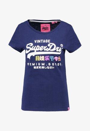 PREMIUM GOODS PUFF ENTRY TEE - Print T-shirt - supermarine navy
