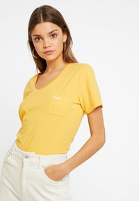 Superdry - ESSENTIAL TEE - T-shirt basic - desert ochre - 0