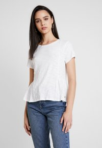 Superdry - PEPLUM RODEO TEE - T-shirts med print - off white - 0