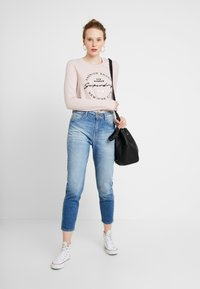 Superdry - DUNNE STRIPE GRAPHIC - T-shirt à manches longues - pink - 1