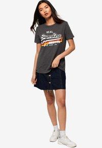 Superdry - TEE - T-shirt imprimé - black - 1