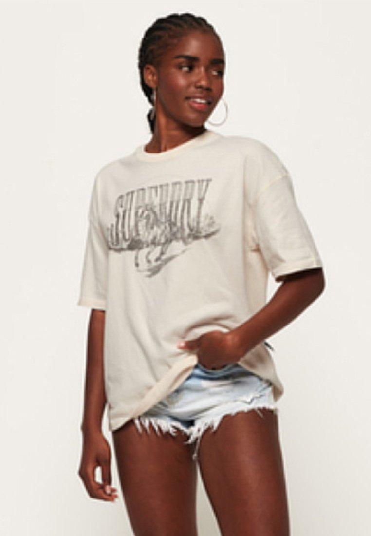 Superdry - IMPRIMÉ GRAPHIQUE - T-Shirt print - soft white