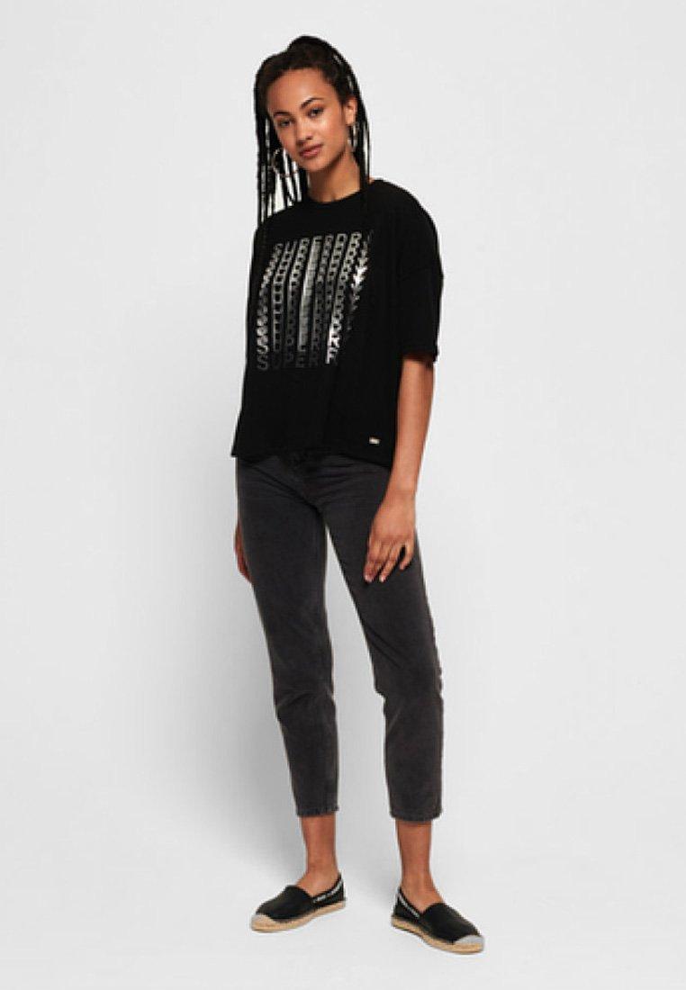 Imprimé Black Superdry Folien grafikT shirt Mit 3Lqc5SAj4R