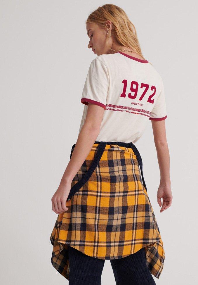 Superdry RingerT shirt Imprimé Logo Off white Vintage iTXkPOZu