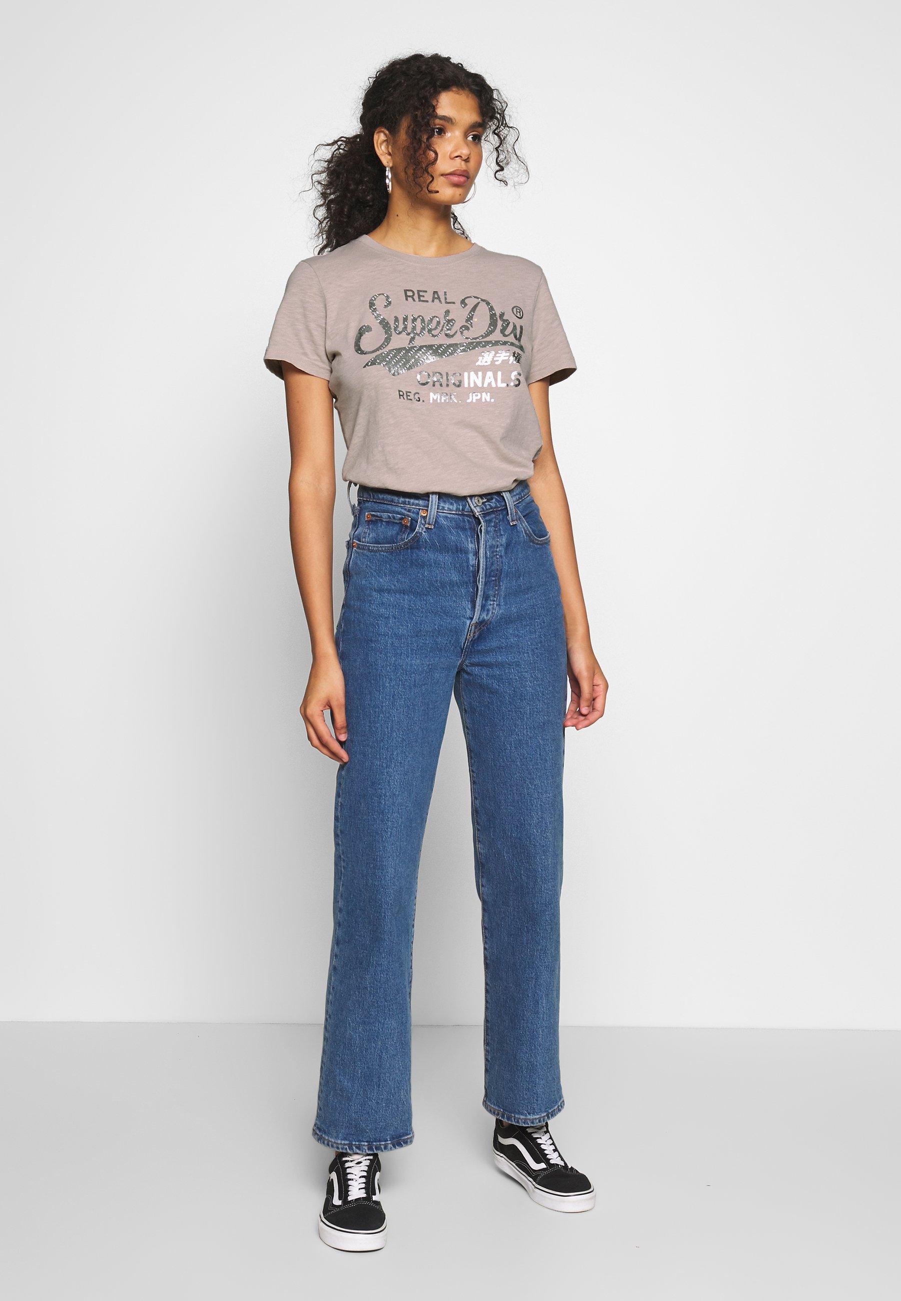 Superdry TEXT INFILL ENTRY TEE - T-shirt z nadrukiem - silver cloud