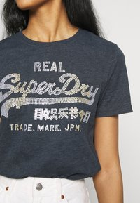 Superdry - STITCH ENTRY TEE - T-shirts med print - eclipse navy marl - 5
