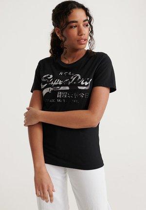 VINTAGE LOGO PHOTO ROSE T-SHIRT - T-shirt z nadrukiem - black