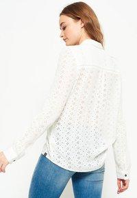 Superdry - CANDICE  - Pusero - off white - 2
