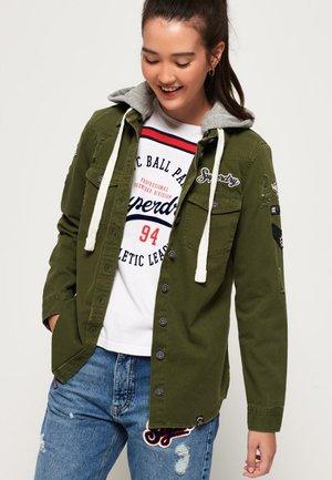 MADDIE MIT KAPUZE - Denim jacket - khaki