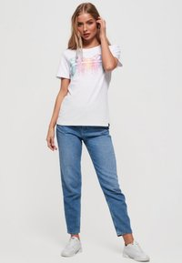 Superdry - Cascade  - T-shirt imprimé - white - 1