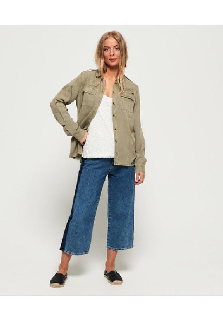 Superdry - KOSZULA W STYLU MILITARNYM SAGE  - Button-down blouse - bright khaki