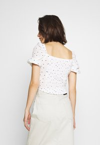 Superdry - QUINCY SUMMER - Blouse - white - 2