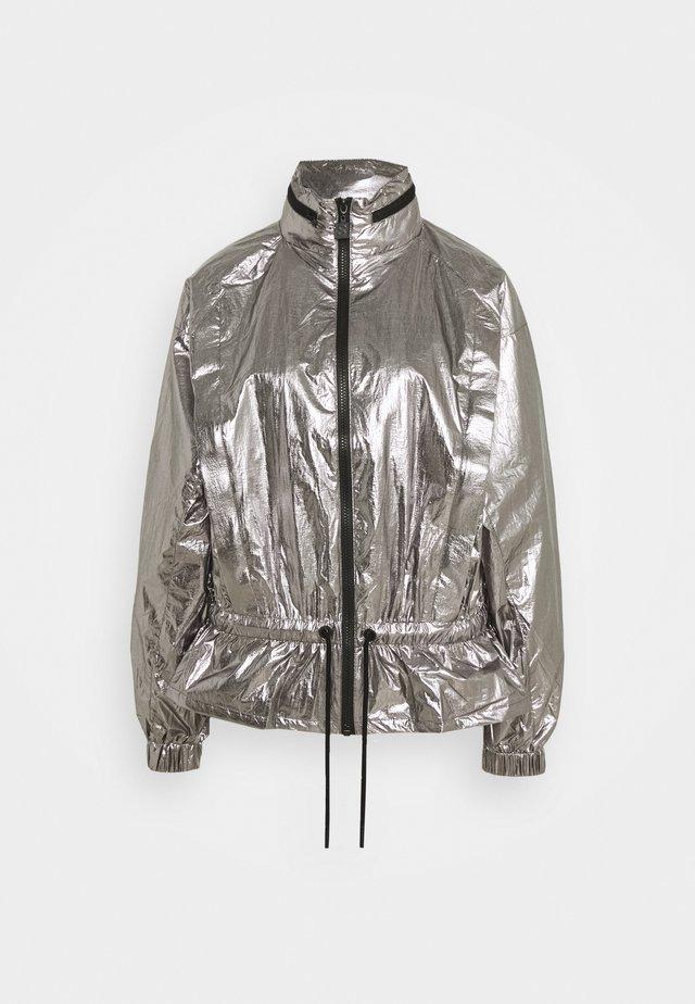 HYPER JACKET - Lehká bunda - silver